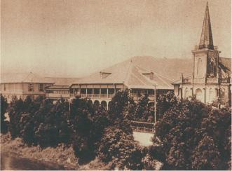 戦前の校舎